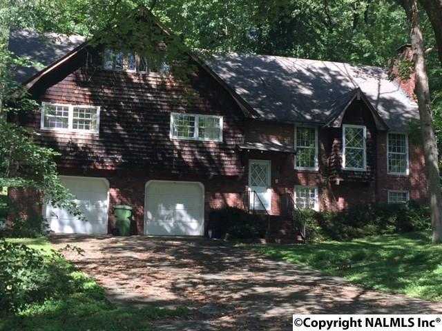 1217 Stonehurst Drive, Huntsville, AL 35801 (MLS #1078308) :: Amanda Howard Real Estate™