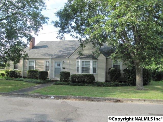 105 East Alabama Avenue, Albertville, AL 35950 (MLS #1078381) :: Capstone Realty