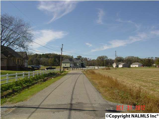 7 Hembree Drive, Guntersville, AL 35976 (MLS #1078838) :: RE/MAX Alliance