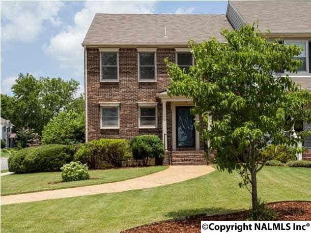 3015 Dupree Drive, Huntsville, AL 35801 (MLS #1080209) :: Amanda Howard Real Estate™