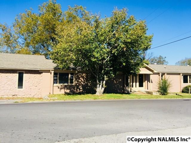 615 Maple Street, Fayetteville, TN 37334 (MLS #1081549) :: Intero Real Estate Services Huntsville