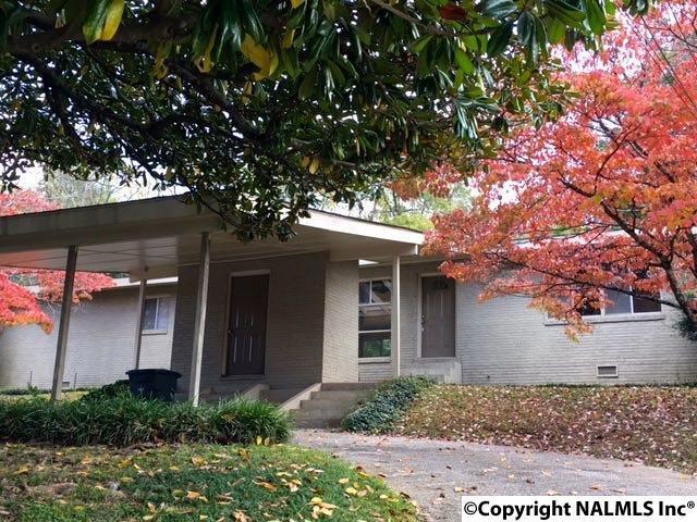 1608 Montdale Road, Huntsville, AL 35801 (MLS #1081948) :: Amanda Howard Real Estate™