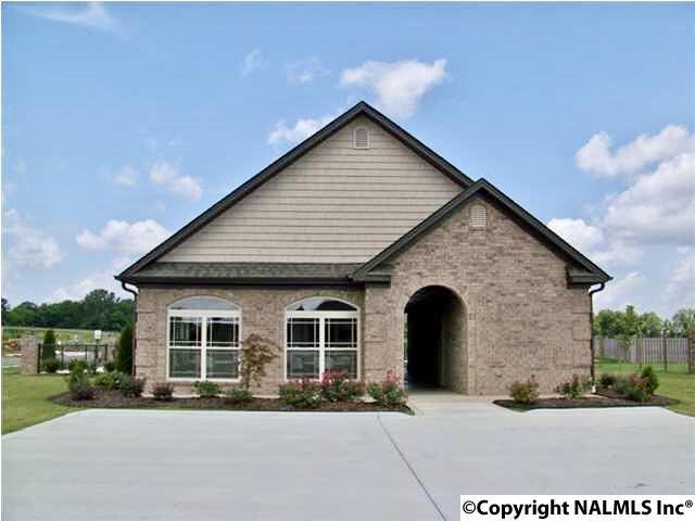 54 Bolerbrook Drive, Trinity, AL 35673 (MLS #1082149) :: Amanda Howard Real Estate™