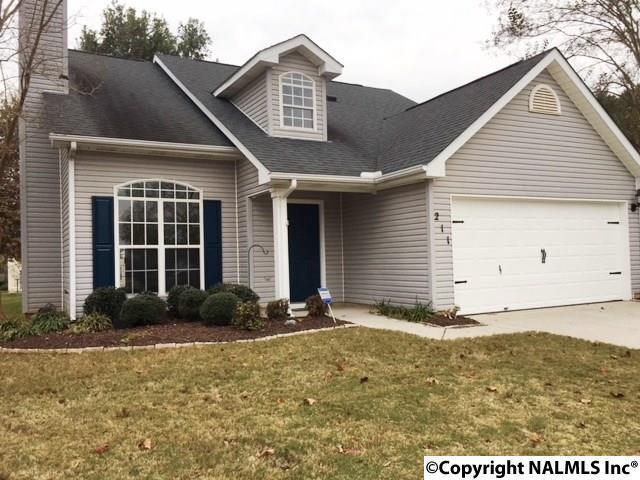 211 River Oaks Drive, Madison, AL 35758 (MLS #1082459) :: Capstone Realty