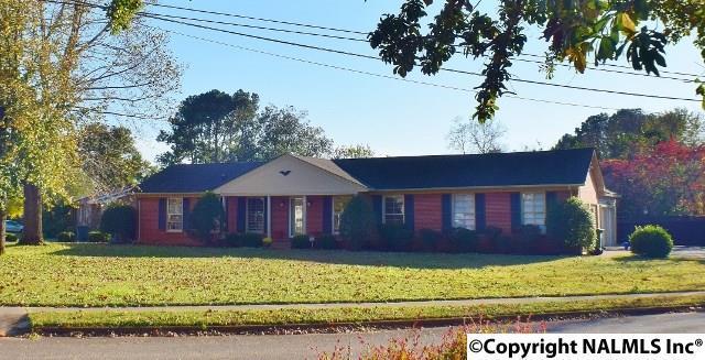 7905 Ensley Drive, Huntsville, AL 35803 (MLS #1082878) :: Amanda Howard Real Estate™