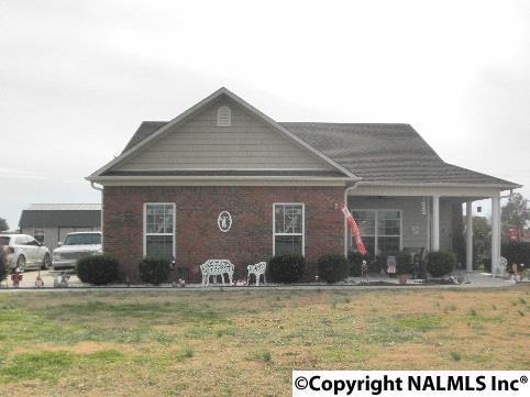 110 Ivy Darlene Drive, New Market, AL 35761 (MLS #1082939) :: Amanda Howard Real Estate™