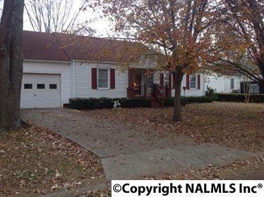 3908 SW Cypress Avenue, Huntsville, AL 35805 (MLS #1083214) :: Amanda Howard Real Estate™