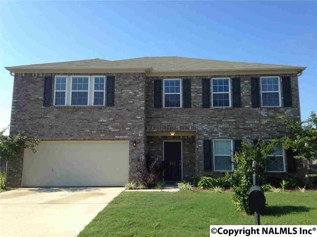 203 Ivyleaf Drive, Madison, AL 35757 (MLS #1083730) :: Amanda Howard Real Estate™
