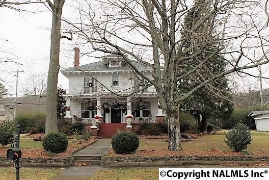 602 N Grand Avenue, Fort Payne, AL 35967 (MLS #1084190) :: Amanda Howard Real Estate™