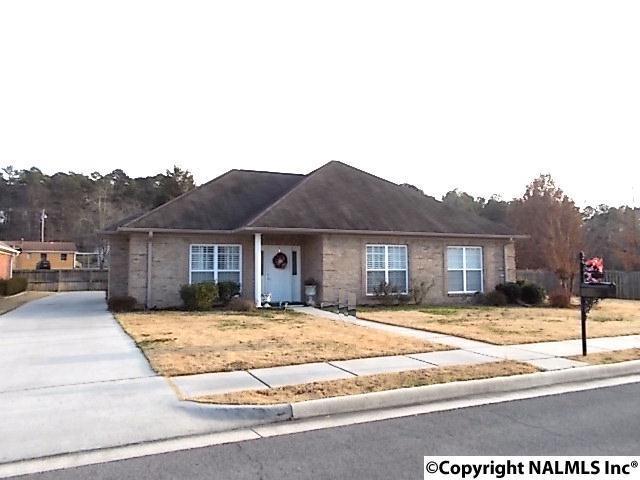 18 Grandwood Lane, Scottsboro, AL 35769 (MLS #1084289) :: Amanda Howard Real Estate™