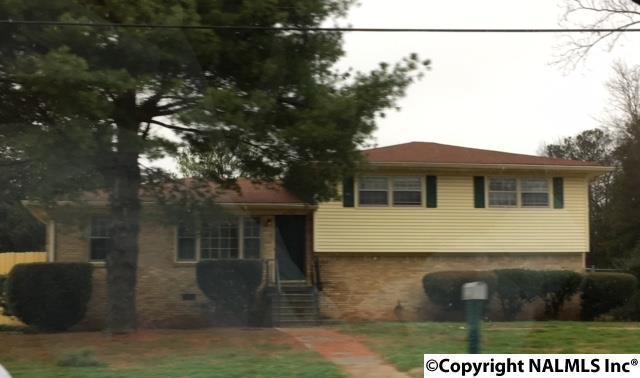 2912 NW Sparkman Drive, Huntsville, AL 35810 (MLS #1084628) :: Intero Real Estate Services Huntsville