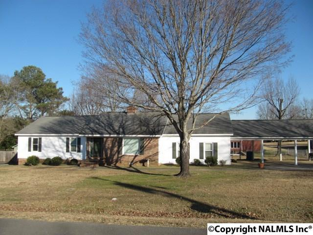 104 Stewart Street, Albertville, AL 35951 (MLS #1084680) :: Capstone Realty