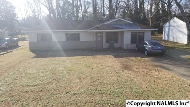 2423 Medaris Road, Huntsville, AL 35810 (MLS #1084779) :: Amanda Howard Sotheby's International Realty