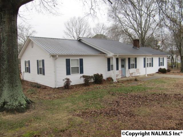 145 Parkway Drive, Boaz, AL 35956 (MLS #1084899) :: Amanda Howard Real Estate™