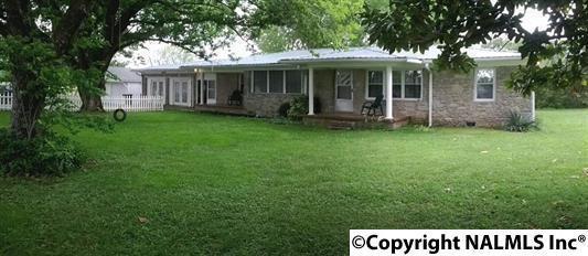 2045 Elkwood Section Road, Hazel Green, AL 35750 (MLS #1085302) :: Capstone Realty