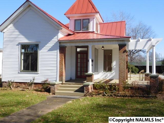 304 N Marion Street, Athens, AL 35611 (MLS #1086860) :: Legend Realty