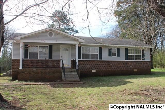 208 Ervin Lane, Madison, AL 35756 (MLS #1087774) :: Intero Real Estate Services Huntsville