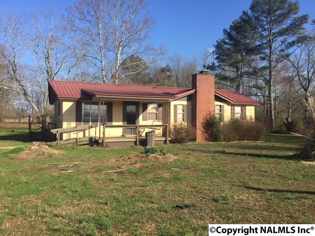 15964 Poplar Creek Road, Athens, AL 35611 (MLS #1087802) :: Legend Realty