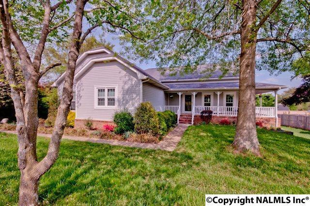 109 Sterling Drive, Huntsville, AL 35806 (MLS #1088178) :: Amanda Howard Real Estate™
