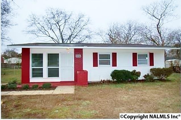 2223 Evans Avenue, Huntsville, AL 35810 (MLS #1088272) :: Amanda Howard Real Estate™