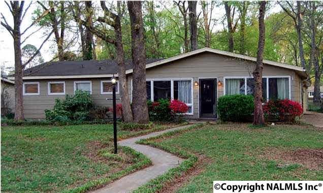2303 12TH STREET SE, Decatur, AL 35601 (MLS #1088590) :: Intero Real Estate Services Huntsville