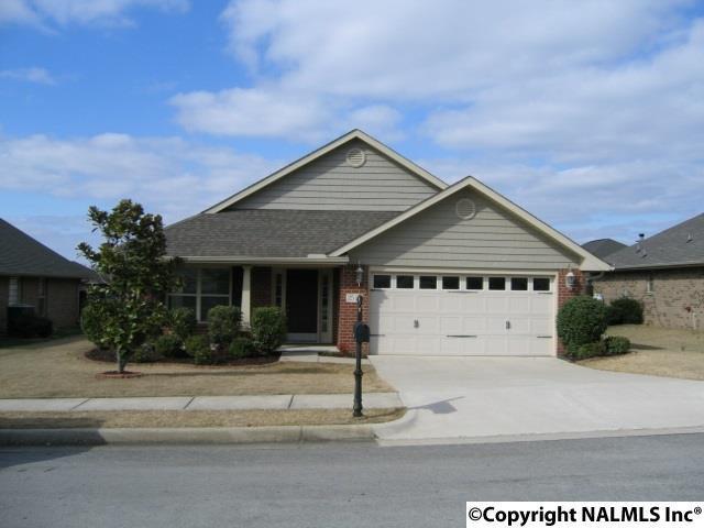 2514 Slate Drive, Huntsville, AL 35803 (MLS #1088641) :: Amanda Howard Real Estate™