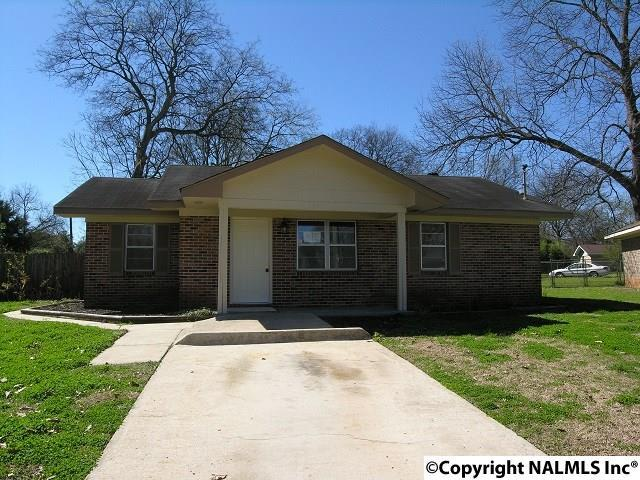 109 Poplar Court, Decatur, AL 35601 (MLS #1088663) :: RE/MAX Alliance