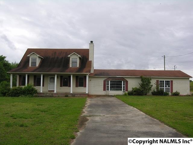 12858 Mayfield Road, Athens, AL 35611 (MLS #1089433) :: Amanda Howard Real Estate™
