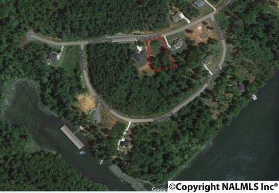 2371 Lookout Mountain Drive, Scottsboro, AL 35769 (MLS #1089898) :: RE/MAX Alliance