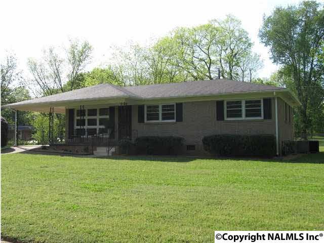 3802 Broadmor Road, Huntsville, AL 35810 (MLS #1090823) :: RE/MAX Alliance