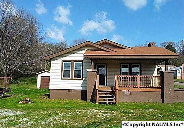 156 Ewing Avenue, Gadsden, AL 35901 (MLS #1091669) :: RE/MAX Distinctive | Lowrey Team