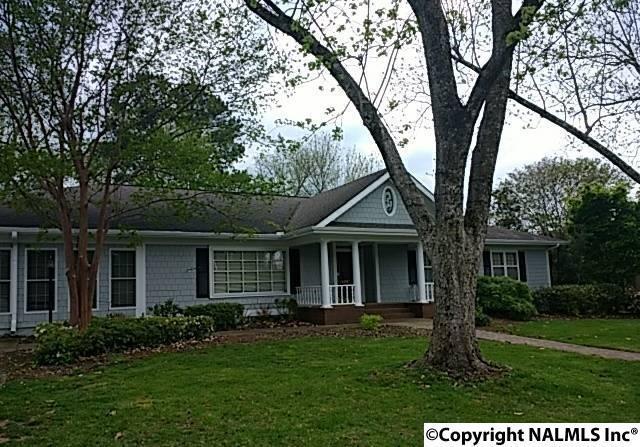 1402 SE Sierra Blvd, Huntsville, AL 35801 (MLS #1092228) :: Legend Realty