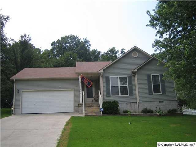 172 Hollington Drive, Huntsville, AL 35811 (MLS #1092248) :: Legend Realty