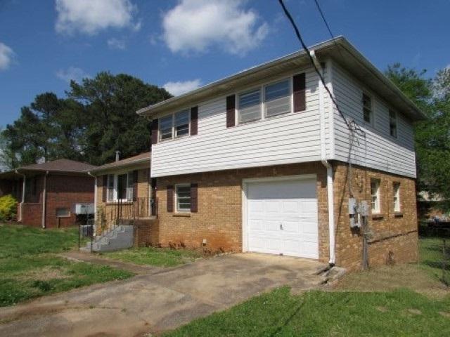 3108 Buttrey Drive, Huntsville, AL 35810 (MLS #1093087) :: RE/MAX Alliance