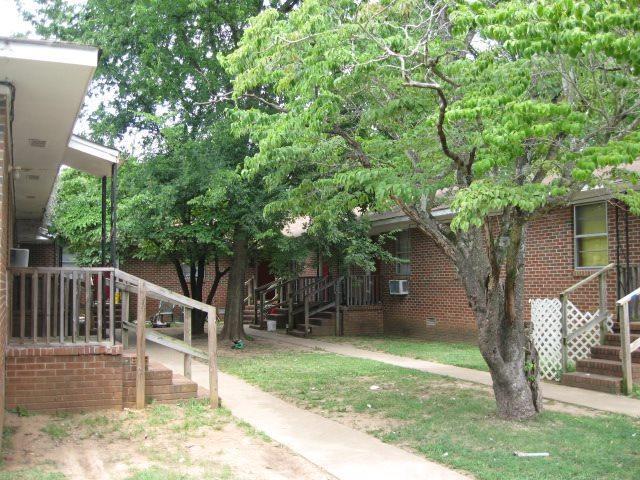 4100 Broyles Avenue, Huntsville, AL 35805 (MLS #1098654) :: RE/MAX Distinctive   Lowrey Team