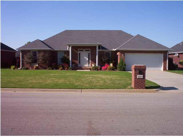 2604 SW Piccadilly Circus, Decatur, AL 35603 (MLS #1101134) :: Capstone Realty
