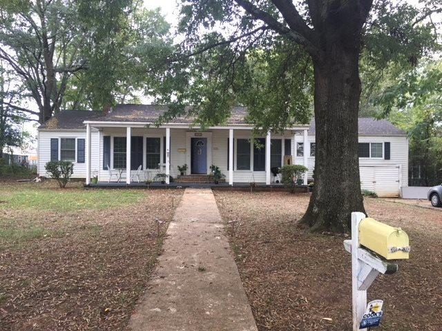 1105 9TH STREET SE, Decatur, AL 35601 (MLS #1105075) :: The Pugh Group RE/MAX Alliance