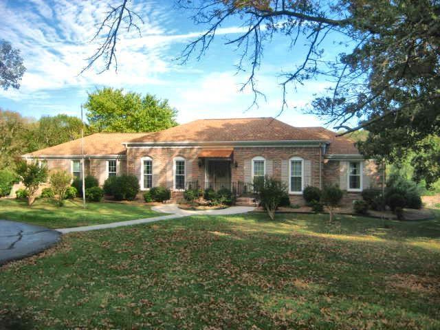 15 Timberlake Drive, Fayetteville, TN 37334 (MLS #1105849) :: RE/MAX Distinctive | Lowrey Team