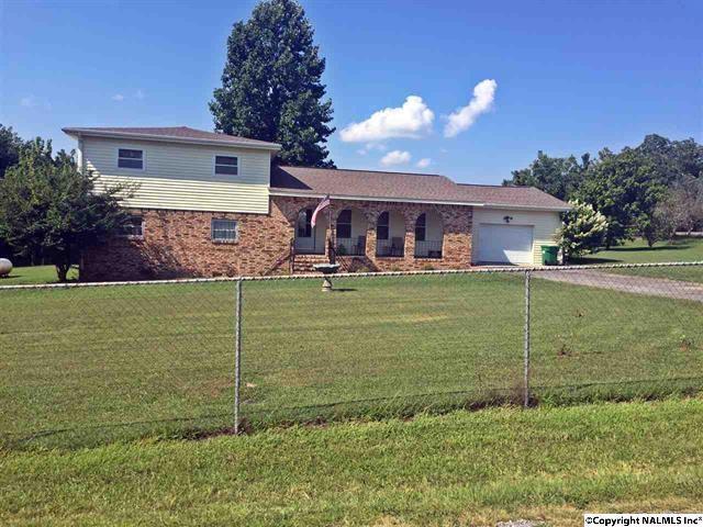 169 County Road 832, Flat Rock, AL 35966 (MLS #1106122) :: RE/MAX Distinctive | Lowrey Team