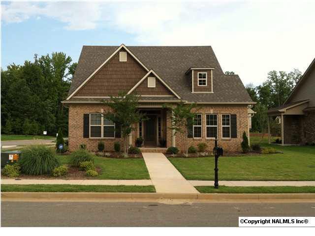 201 Grove Village Way, Madison, AL 35758 (MLS #1108598) :: Capstone Realty