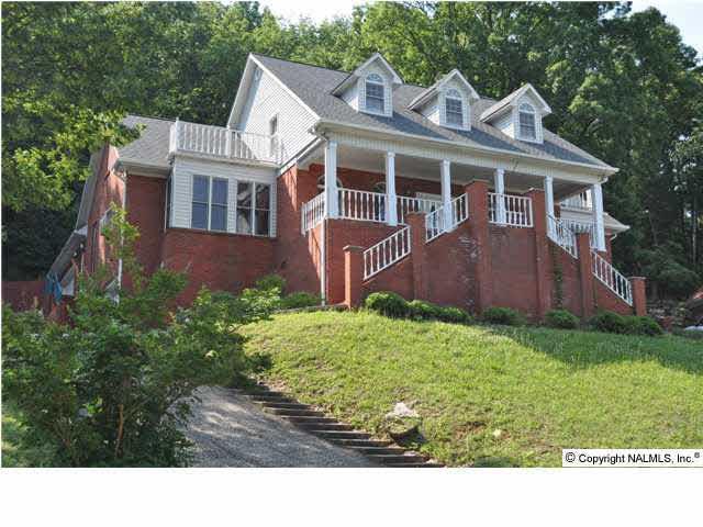 15015 Greentree Trail, Huntsville, AL 35803 (MLS #1109788) :: Weiss Lake Realty & Appraisals