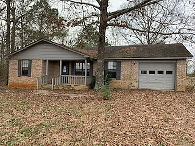 825 County Road 213, Moulton, AL 35650 (MLS #1110245) :: The Pugh Group RE/MAX Alliance