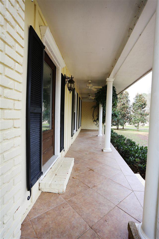 2509 Burningtree Drive, Decatur, AL 35603 (MLS #1112589) :: Capstone Realty