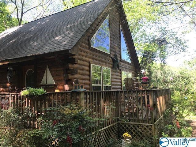 1509 Walls Street, Guntersville, AL 35976 (MLS #1116525) :: Amanda Howard Sotheby's International Realty
