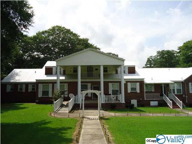 2323 Alabama Highway 205, Albertville, AL 35950 (MLS #1116818) :: Capstone Realty