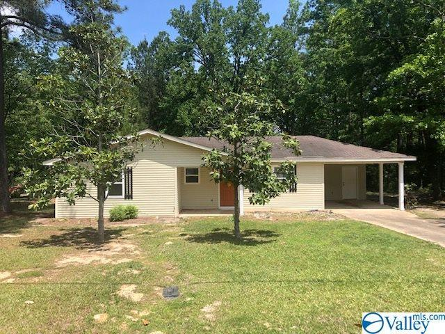 1009 Northwood Drive, Centre, AL 35960 (MLS #1118374) :: Legend Realty