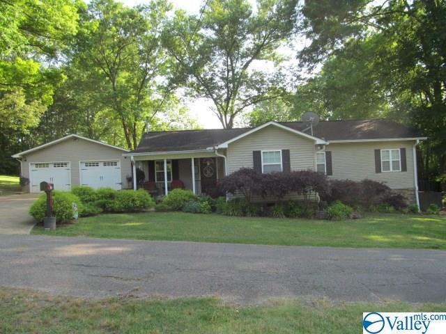 54 Woodrow Street, Collinsville, AL 35961 (MLS #1119736) :: Capstone Realty