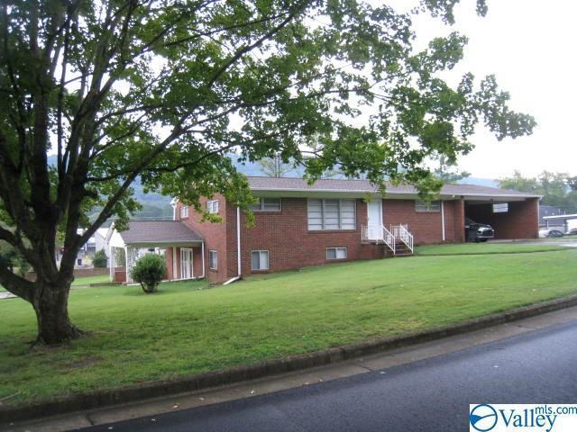 1701 Grand Avenue, Fort Payne, AL 35967 (MLS #1119982) :: Intero Real Estate Services Huntsville
