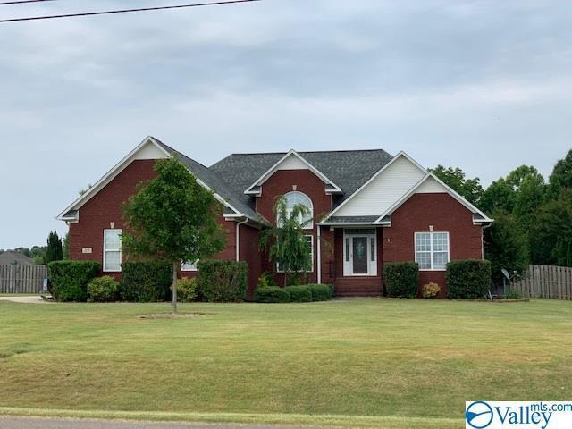 205 Golden Harvest Drive, New Market, AL 35761 (MLS #1120675) :: Intero Real Estate Services Huntsville