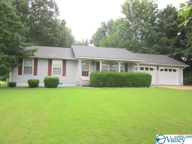 11582 S Lucas Ferry Road, Athens, AL 35611 (MLS #1123943) :: Amanda Howard Sotheby's International Realty